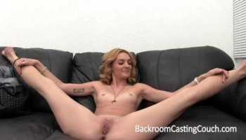 Sindy fucks with passion in her eyes